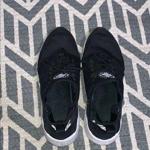 women's running sneakers